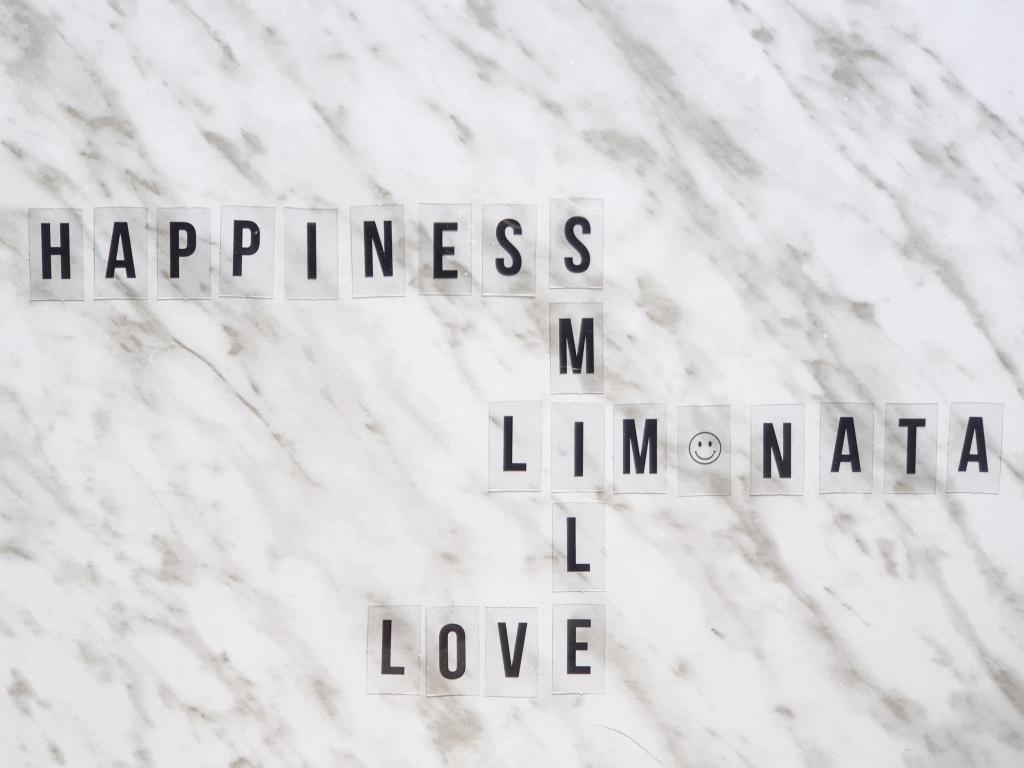 Happiness - Felicidad