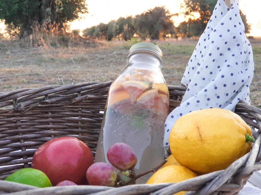 Agua de frutas - pomelo y lima